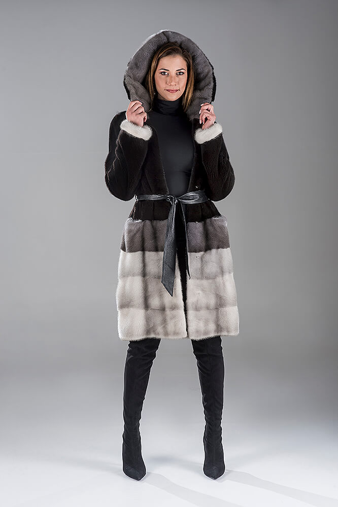 Full Skin Black Nafa with Saphire Mink Coat